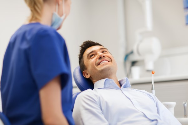 Ask A General Dentist: Crowns, Bridges, Or Implant?